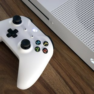 El pack de Xbox One S por dentro